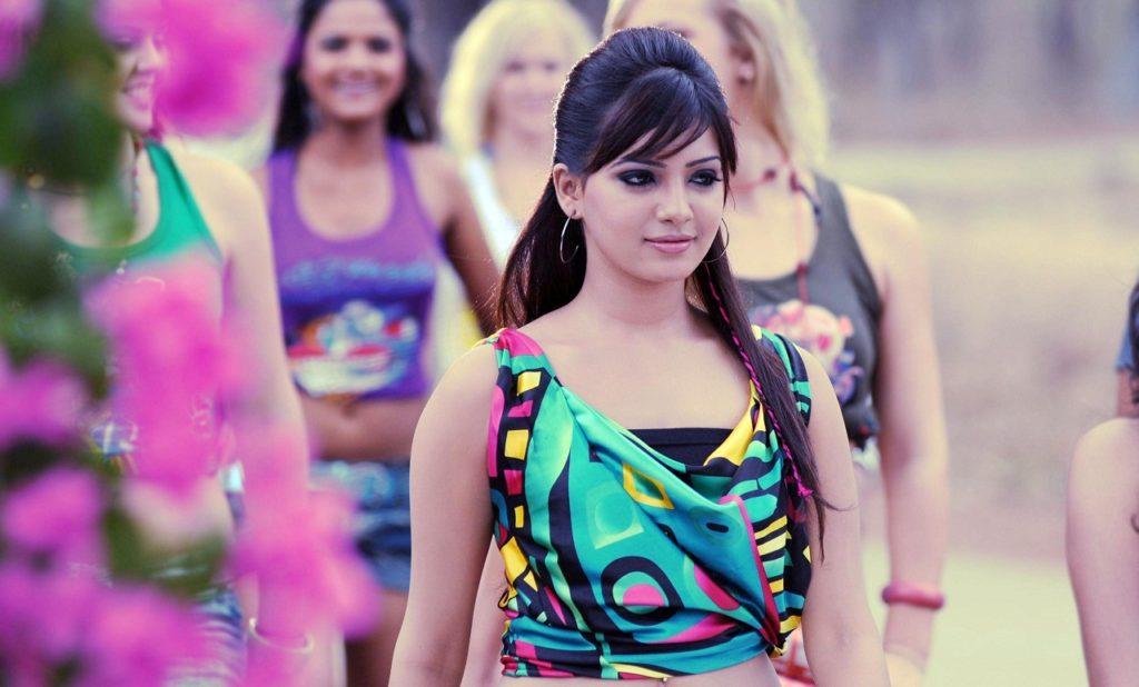 Samantha Hot Images In Short Cloths