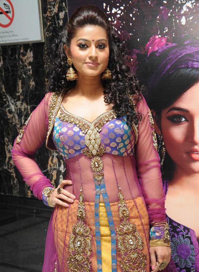 Sneha Lovely Images