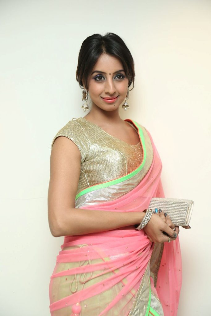 Tollywood Actress Sanjjanaa Archana Galrani Images
