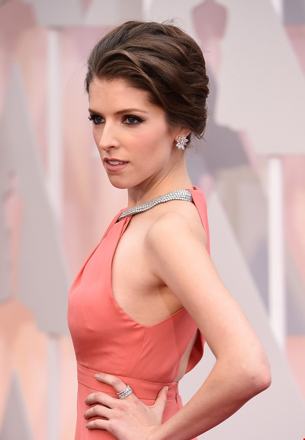 Anna Kendrick Latest Hair Style Images