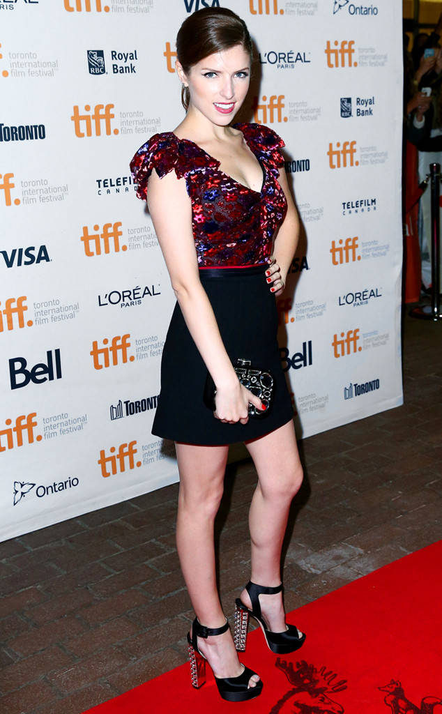 Anna Kendrick New Wallpapers