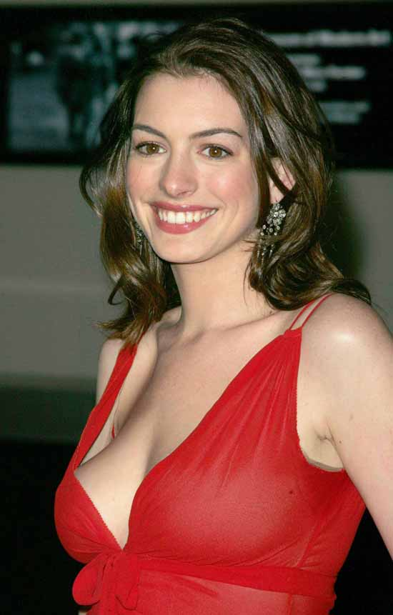 Anne Hathaway Bold & Sweet Images