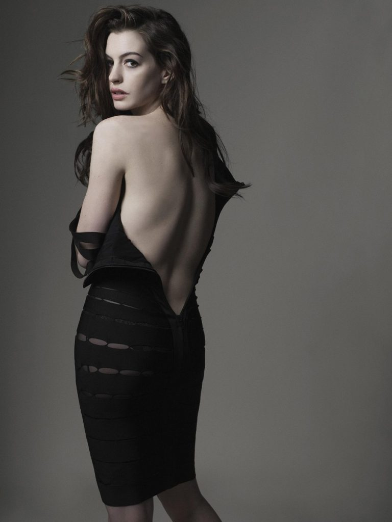 Anne Hathaway Hot Backside Images