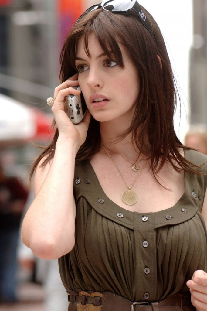 Anne Hathaway Latest Look Images