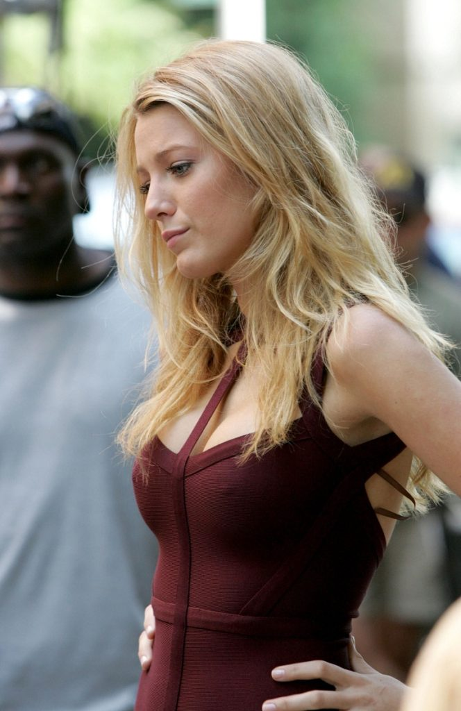 Blake Lively Cute & Lovely Wallpapers