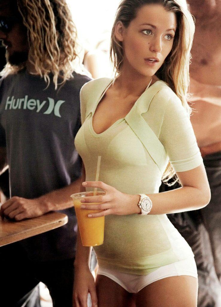 Blake Lively Images In Bikini