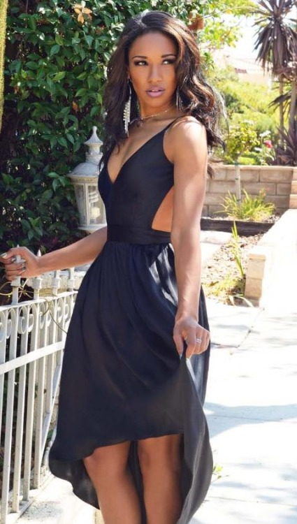 Candice Patton Hottest Look In Short Clothes