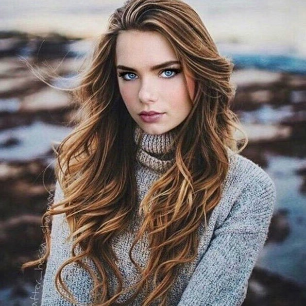 Indiana Evans Charming Images