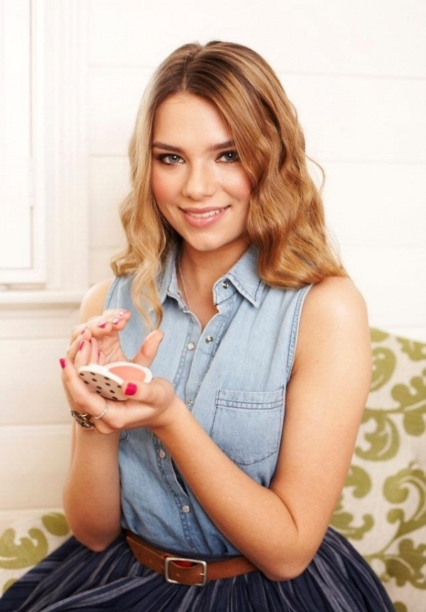 Indiana Evans Spicy Images