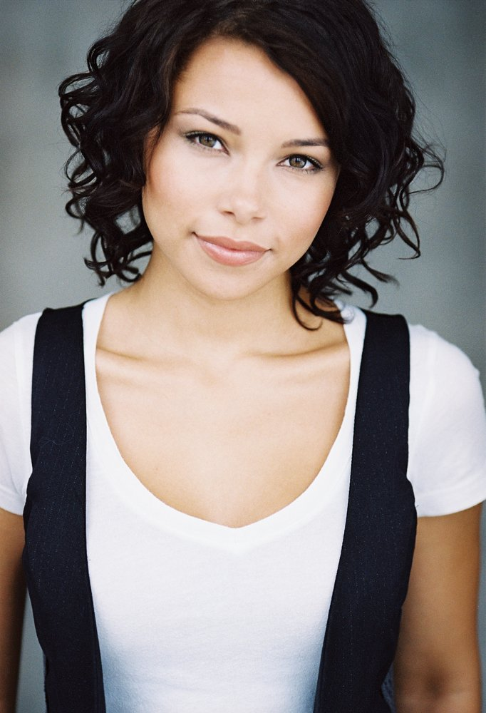 Jessica Parker Kennedy Cute Pics