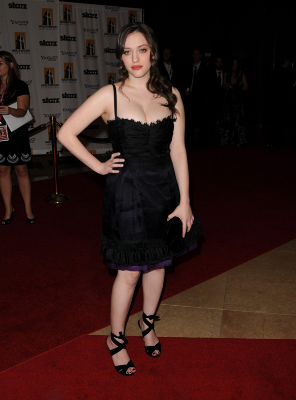 Kat Dennings Sizzling Pictures