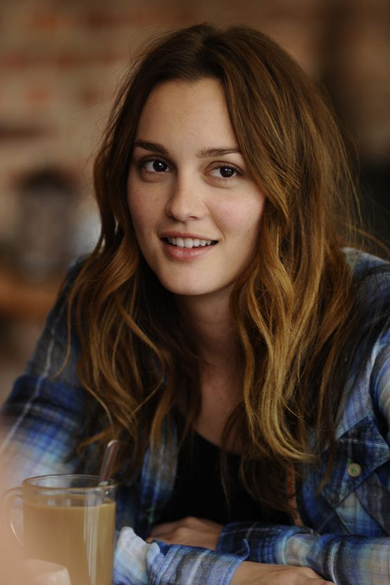 Leighton Meester Bombastic Wallpapers