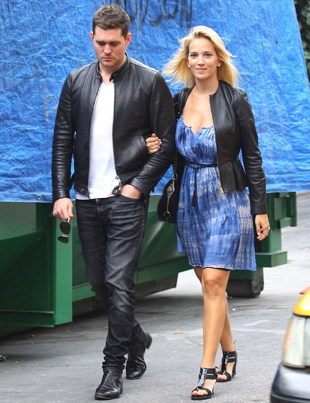 Luisana Lopilato Images With His Boyfriend