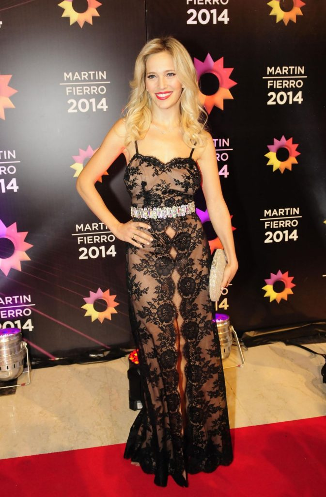 Luisana Lopilato New Look Photos