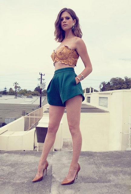 Lyndsy Fonseca Hot Legs Photos