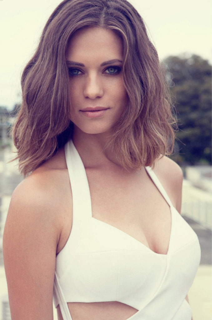 Lyndsy Fonseca Latest Style Images