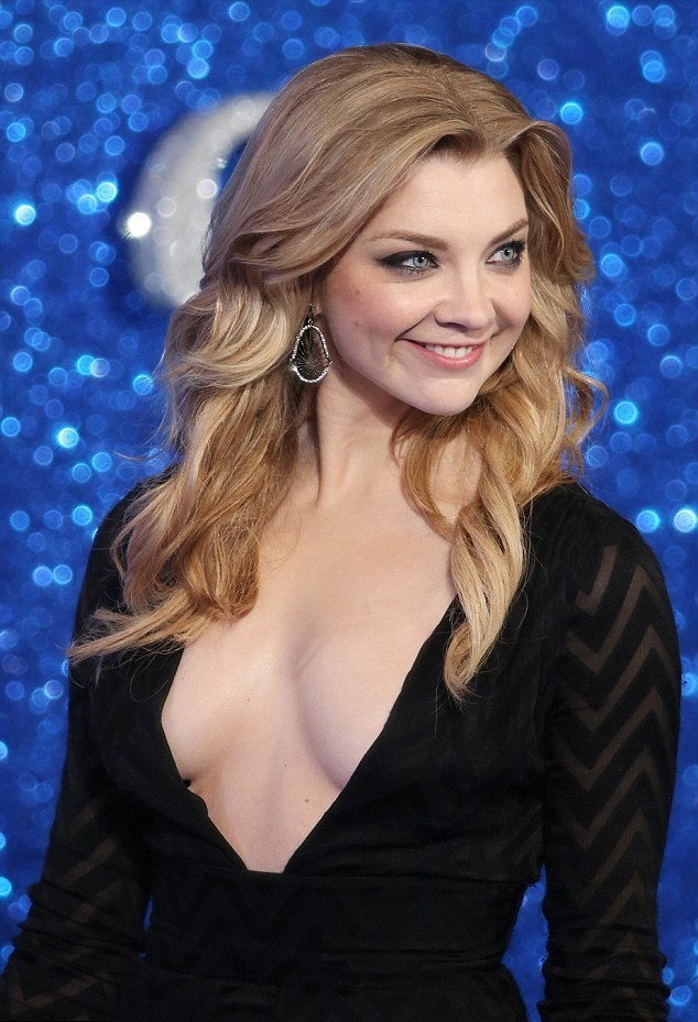 Natalie Dormer Hot Boobs Showing Photos