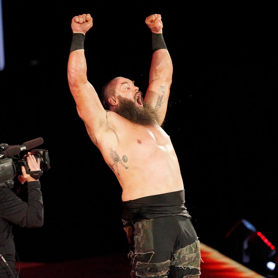 Braun Strowman With Out Shart Body Pictures