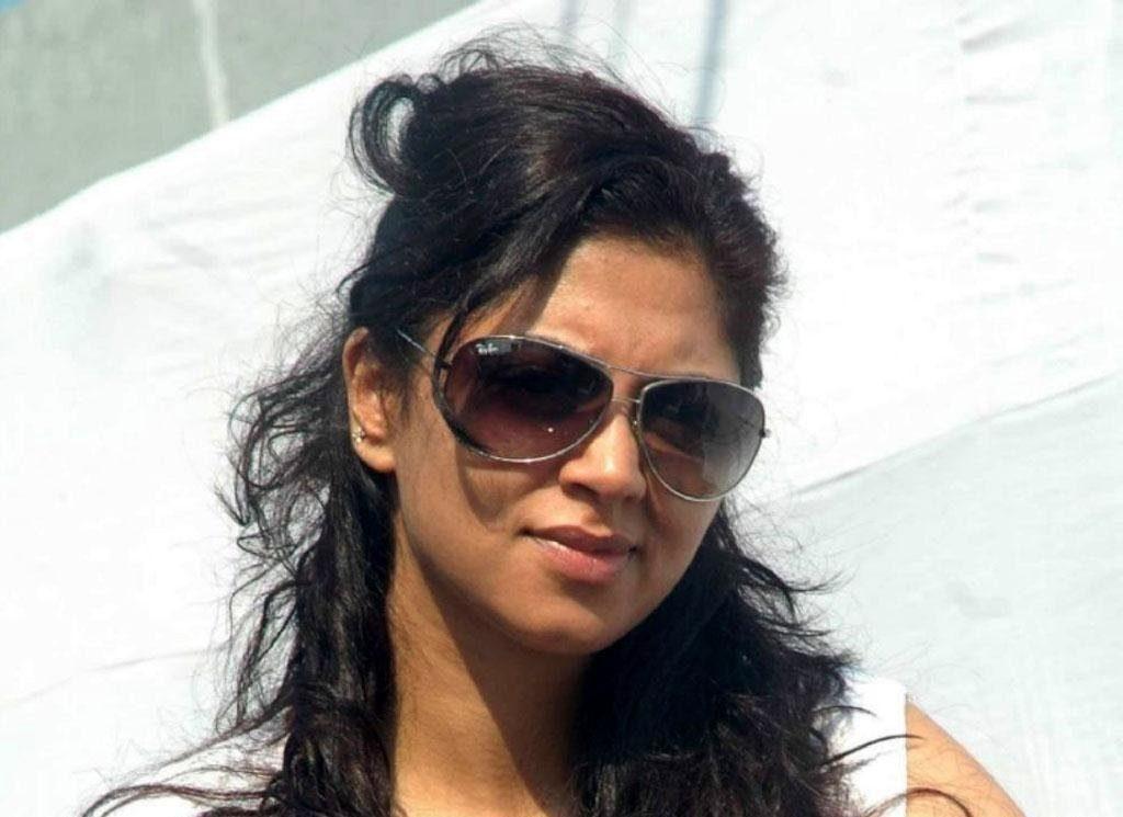 Gorgeous Kavita Kaushik Pictures
