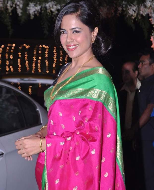 Gorgeous Sameera Reddy Photos