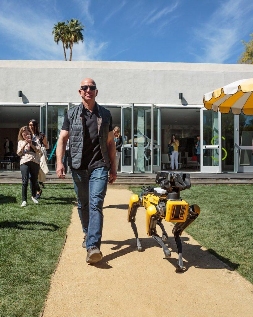 Jeff Bezos Latest Images With Robot