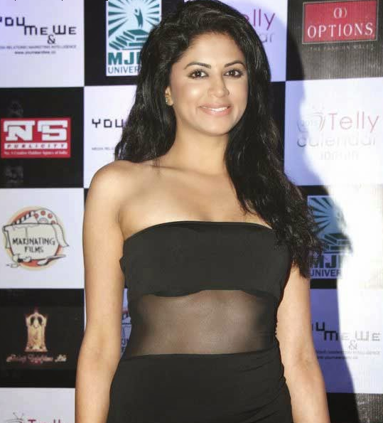 Kavita Kaushik Images