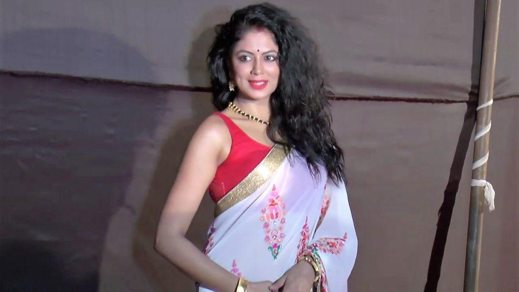 Kavita Kaushik Lovely Pictures