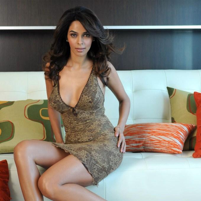 Mallika Sherawat Hot Legs Photos