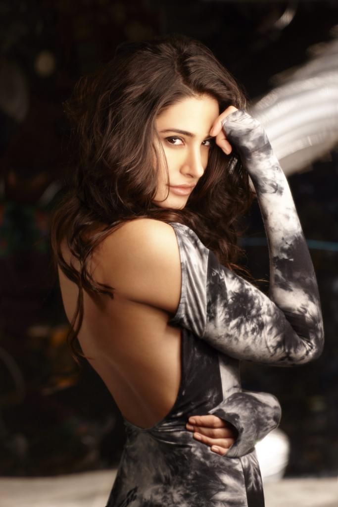 Nargis Fakhri Hot Backside Backless Images