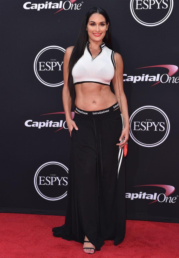 Nikki Bella Hot Navel Photos At Award Show
