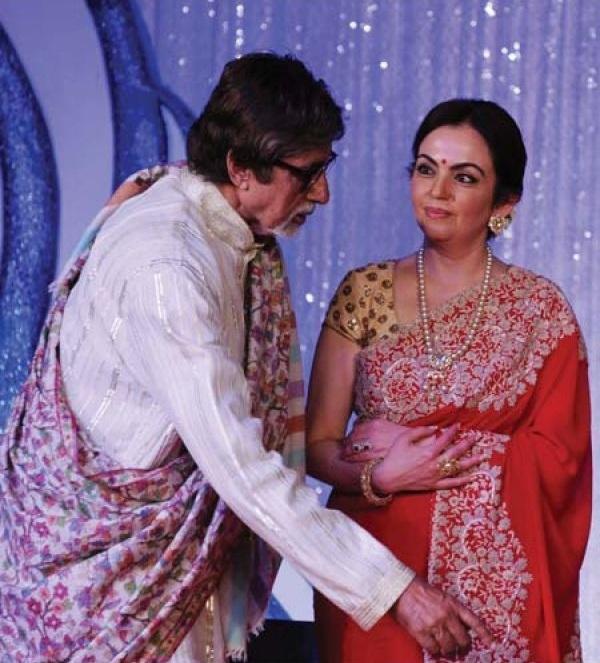Nita Ambani Images With Amitabh Bachchan