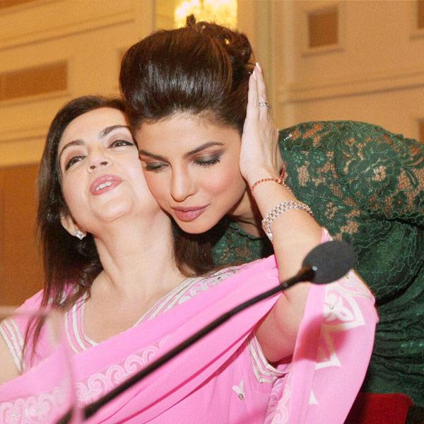 Nita Ambani Photos With Priyanka Chopra