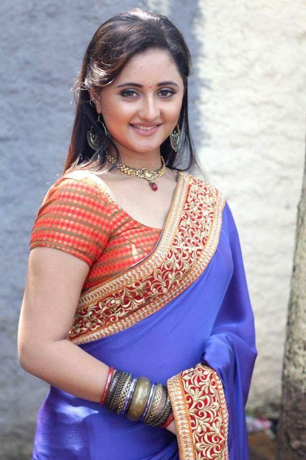 Rashami Desai Hot & Sexy Pics
