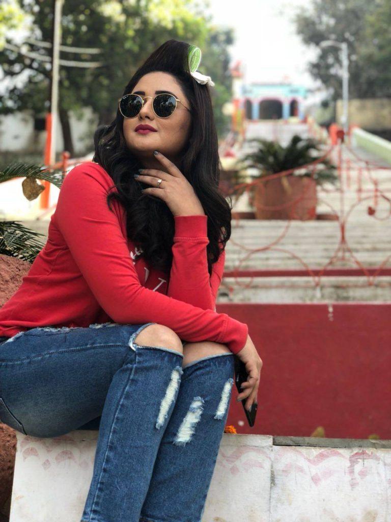Rashami Desai Images In Jeans Top