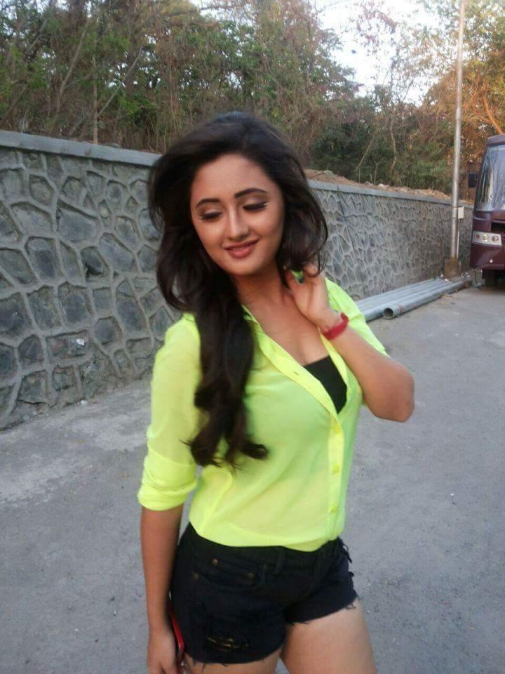 Rashami Desai Pictures In Bra Panty
