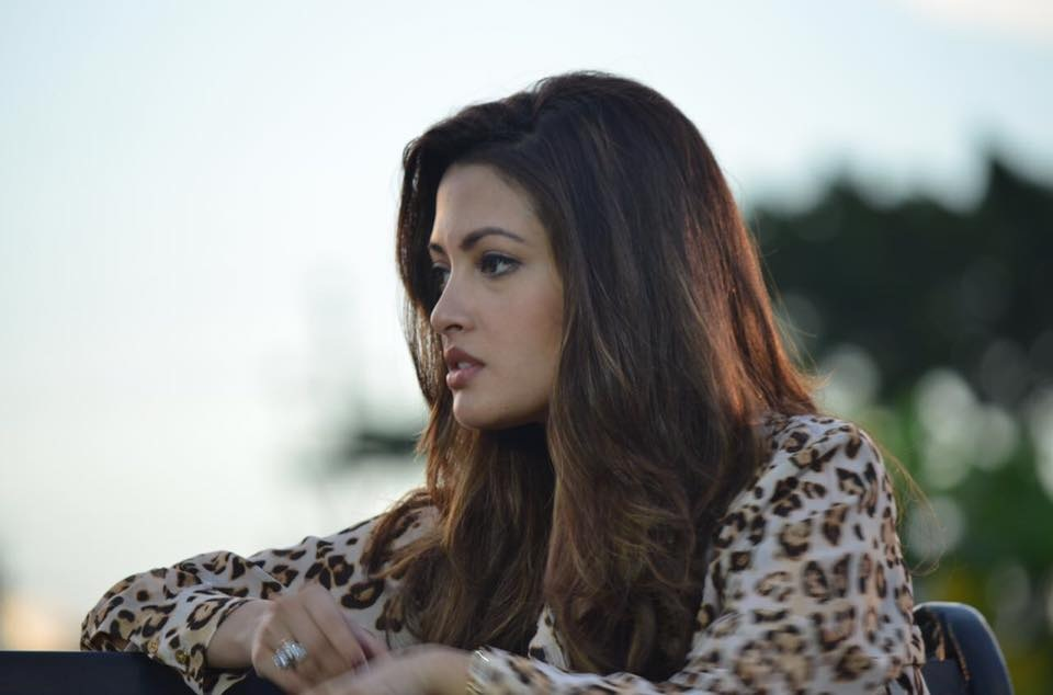 Riya Sen Lovely Wallpapers