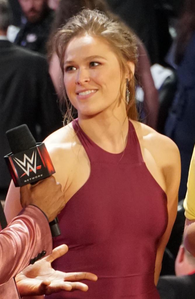 Ronda Rousey Beautiful HD Wallpapers