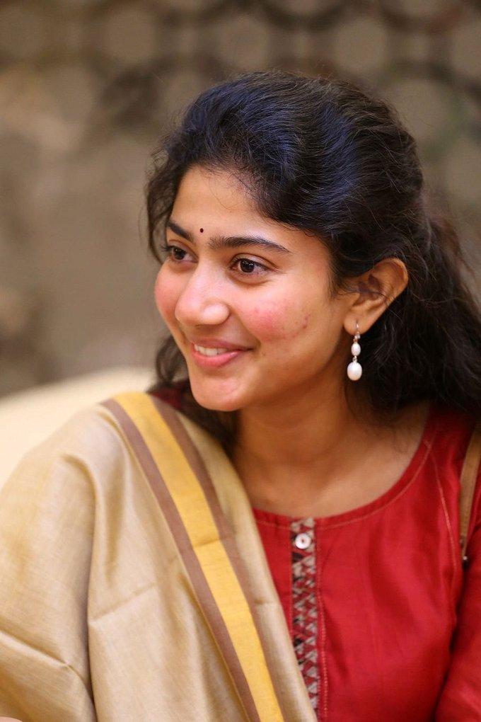 Sai Pallavi Beautiful Smile Images