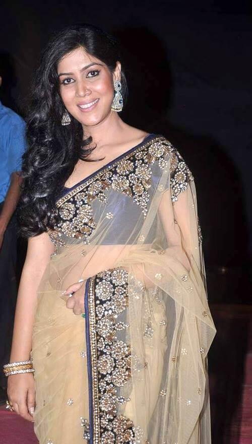 Sakshi Tanwar Hot & Sexy Pictures