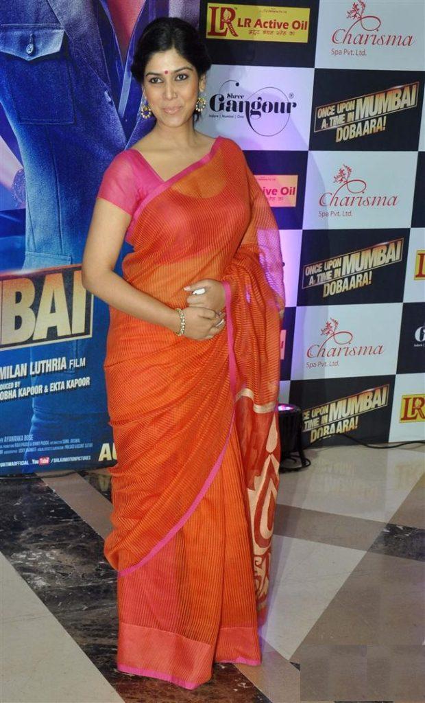Sakshi Tanwar Latest Hair Style Images