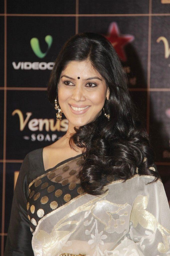 Sakshi Tanwar Photos At Award Show