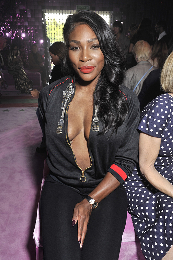 Serena Williams Hot Boobs Showing Pics Without Bra