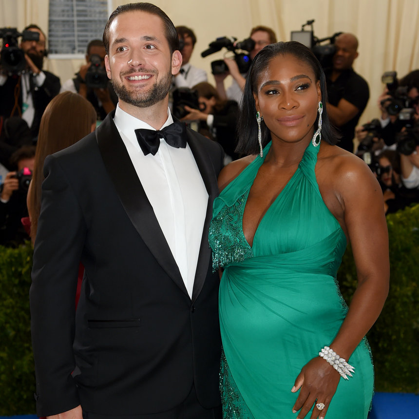 Serena Williams With Baby Bump And Husband Pictures