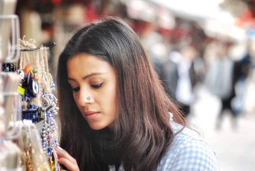 Barkha Bisht Cute Pictures