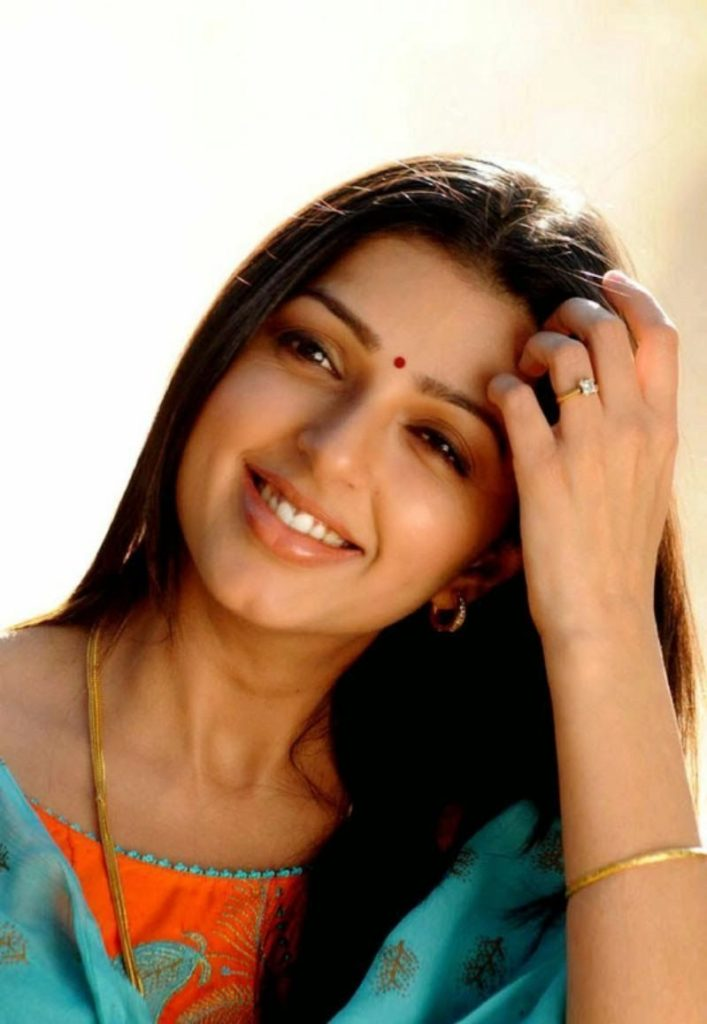 Bhumika Chawla Beautiful Wallpapers