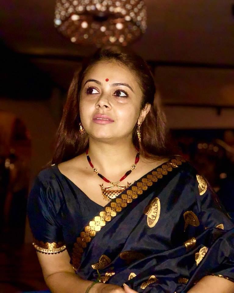 Devoleena Bhattacharjee HD Pics In Saree