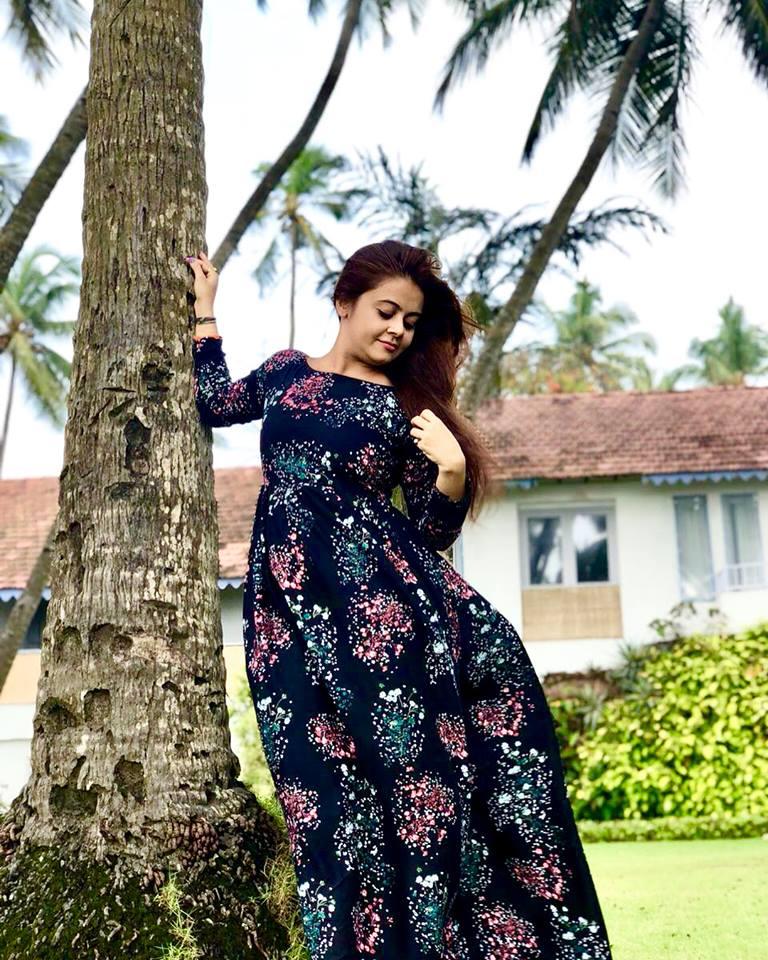 Devoleena Bhattacharjee HD Wallpapers Gallery