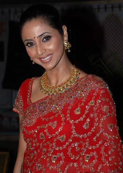 Gautami Kapoor Hot Images In Saree
