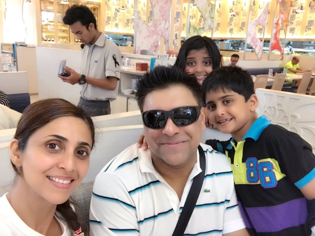 Gautami Kapoor Sexy Pics With Family