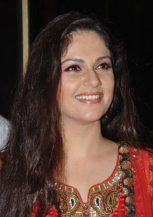 Gracy Singh Very Hot Photoshoot